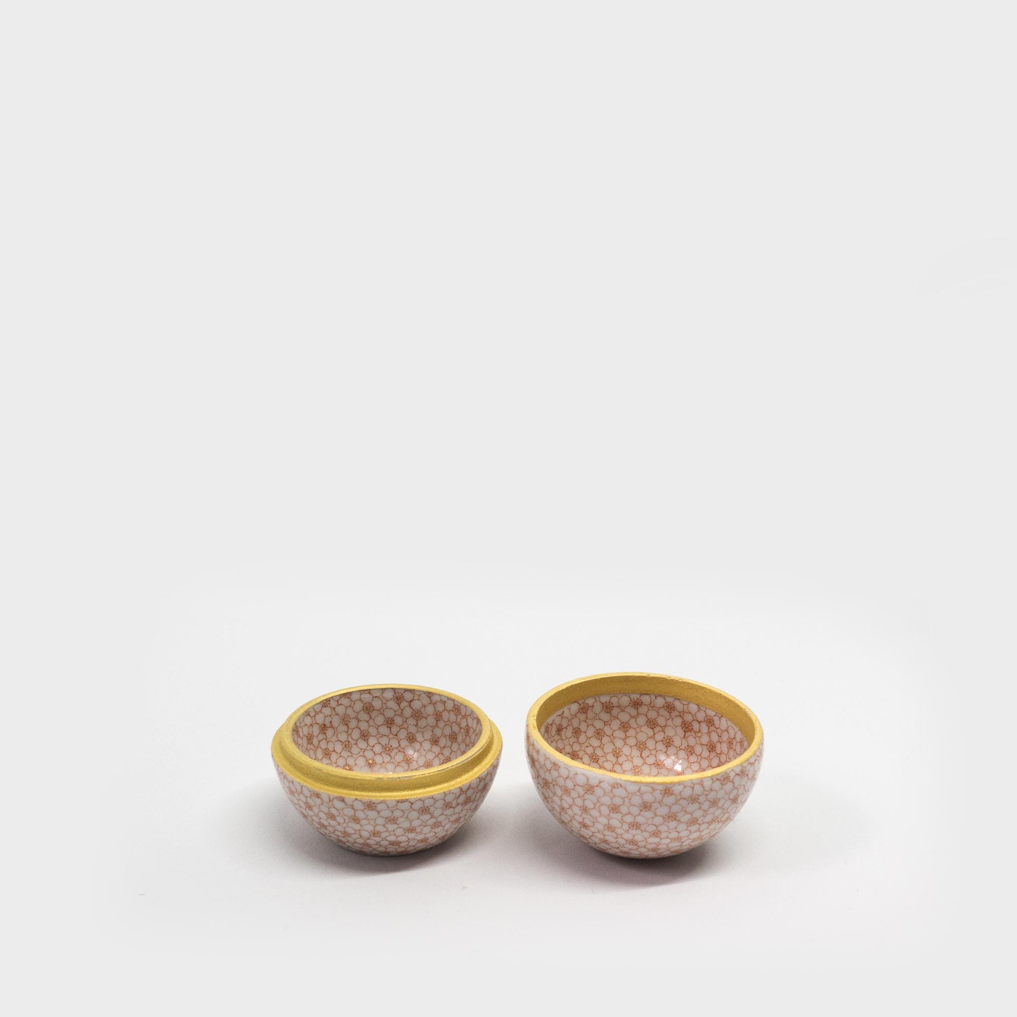 赤絵細描 桜詰 香合